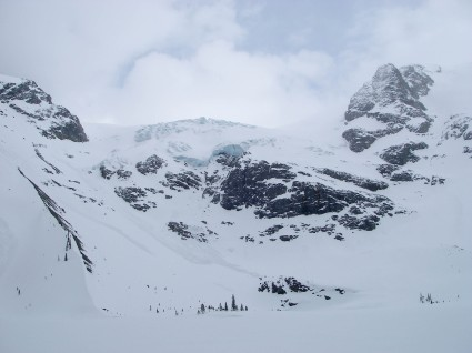 Upper Joffre Lake and the Matier Glacier!