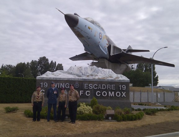 Wednesday, August 8, 2012. CFB Comox. Ready for our private tour. Thanks to Lieutenant-Colonel David Robinson (Squadron Commander) for arranging the tour. Thanks also to Warrant Officer Dean Buchan (Flight Engineer) for acting as our guide during the tour.